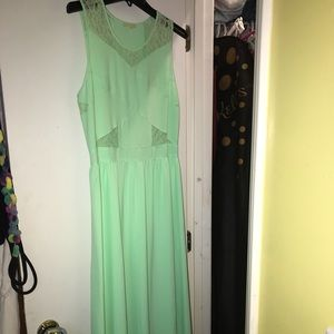 Bridal/formal dress! Only worn once for a formal!